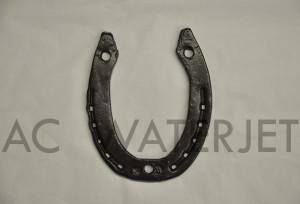 horse shoe-waterjet cut ceramic tile 3